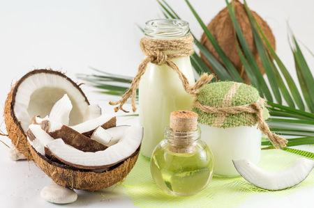 ผิวสวยเนียนใสไปกับ #7 เซรั่มมะพร้าวผลิตภัณฑ์จากธรรมชาติ