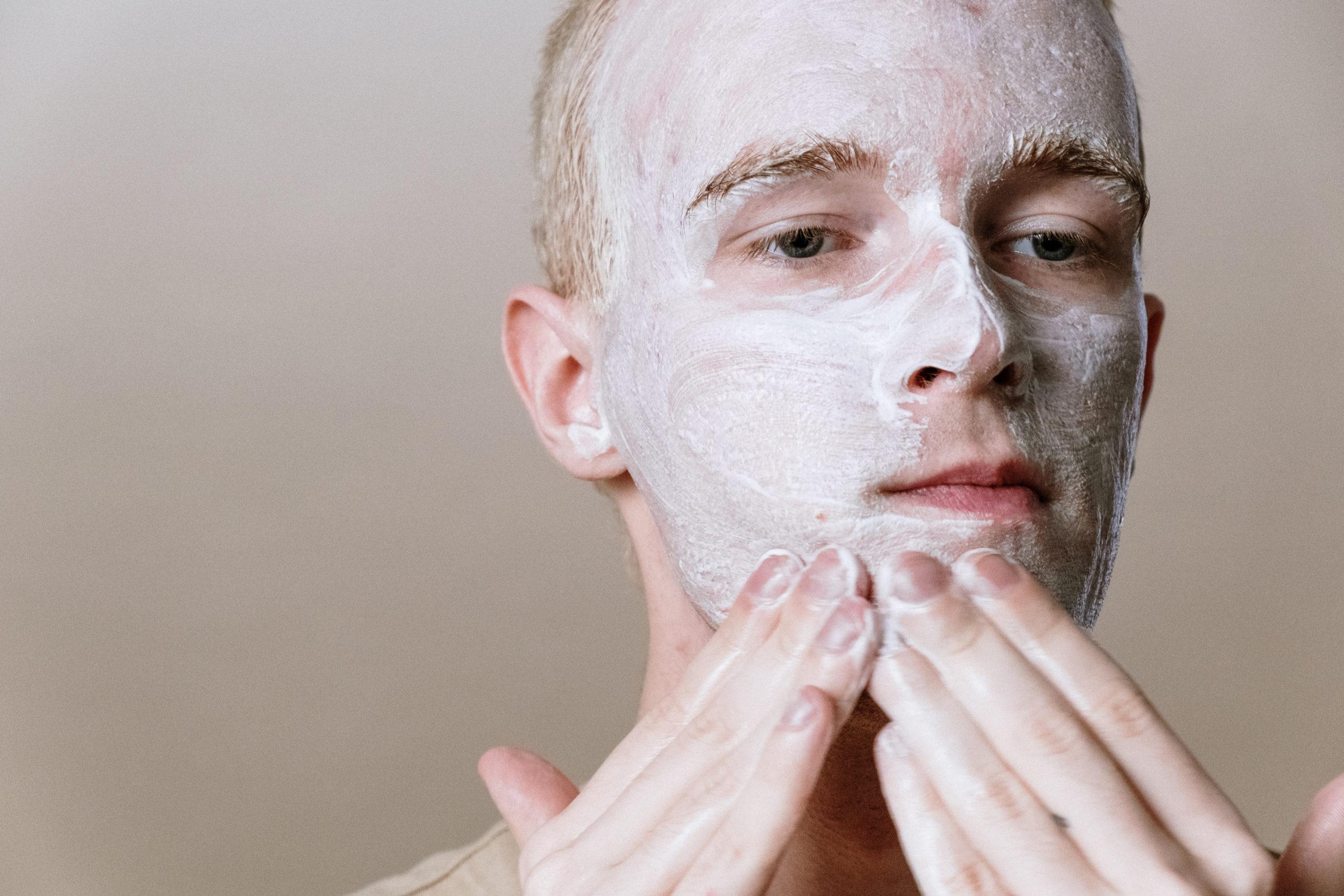 โฟมล้างหน้าผู้ชาย