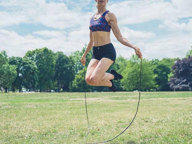 ออกกำลังกายกระโดดเชือก
