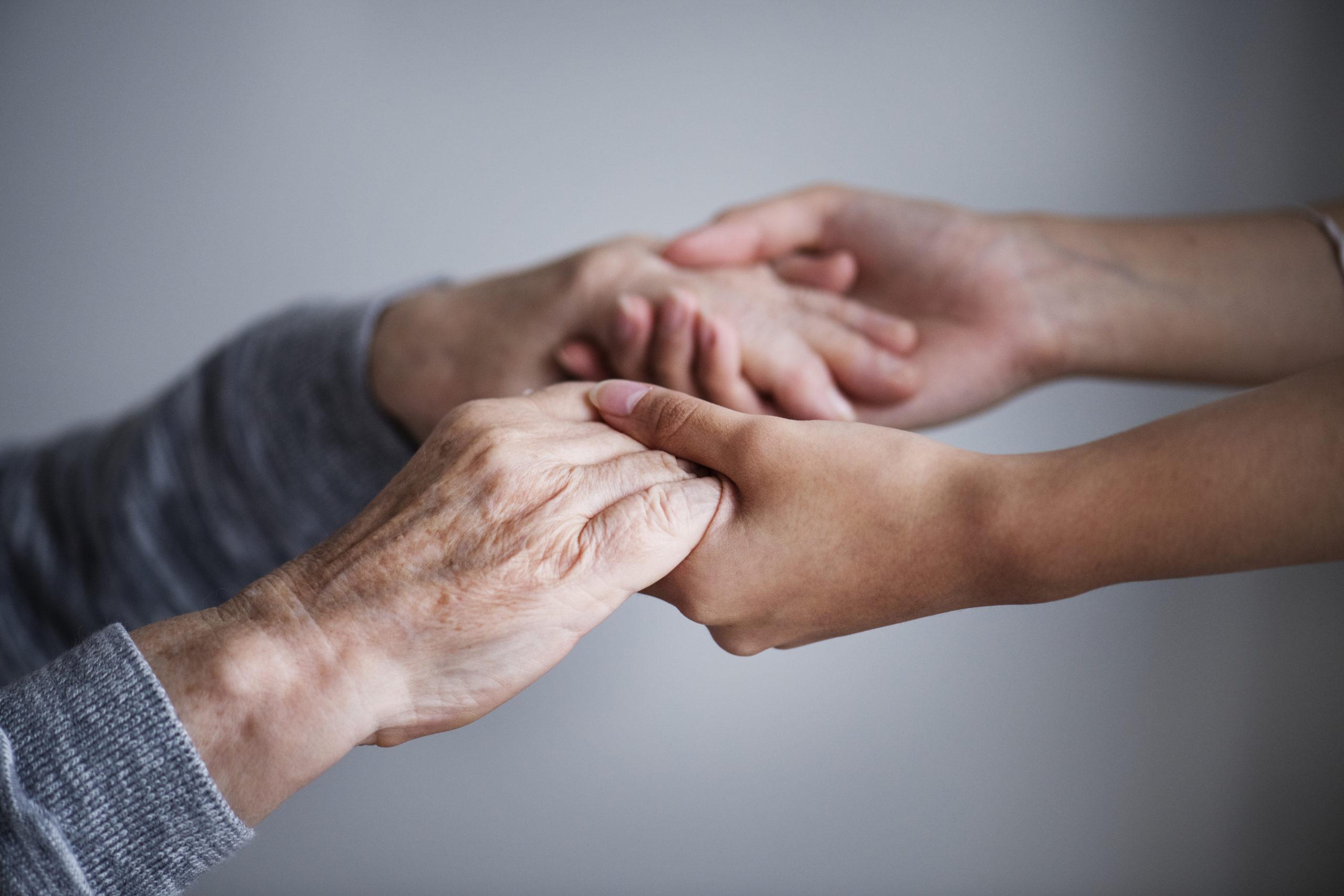 เติมความสดใสกับ「 #5 วิธีดูแลสุขภาพผู้สูงอายุ」 แข็งแรงทั้งร่างกายและจิตใจ