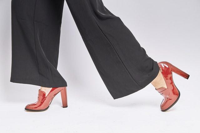 """ดีครบทุกองศา นำพาความสบายพร้อมความสวยงาม รองเท้าสุขภาพญี่ปุ่น """"pansy"""""""