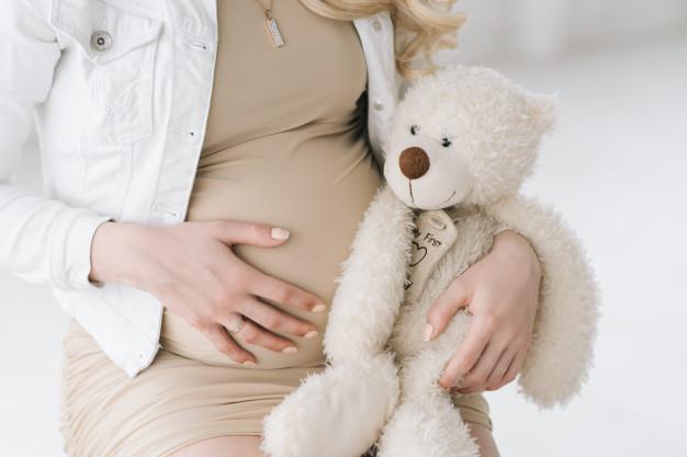 ท้อง 5 เดือนลูกน้อยจะดิ้นตรงไหน?? พร้อมบอกพัฒนาการของลูกน้อยในครรภ์