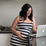 ตอบทุกคำถาม! ท้องทีน้ำหนักพุ่งกระฉูดปกติหรือไม่? น้ำหนักเพิ่มกี่กิโลถึงจะดี? พร้อมวิธีควบคุมน้ำหนักคุณแม่ตั้งครรภ์ อยากรู้เข้ามาเลย!
