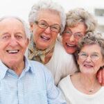 อายุมากเเล้วจะจัดฟันได้หรือไม่!! มาดูกันนน เเละพาส่อง#5คลินิกจัดฟันมีนบุรีที่อายุเยอะก็สามารถไปจัดฟันได้ คุณหมอรับทุกเคส!!