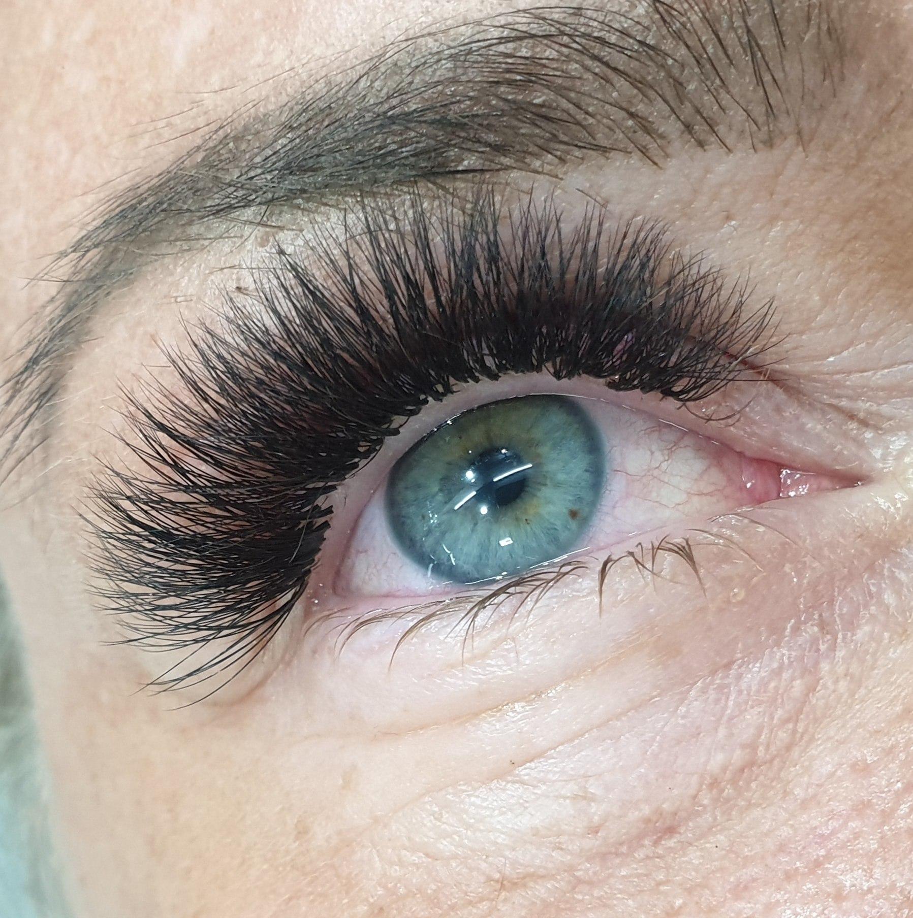 ต่อขนตาพัทยา