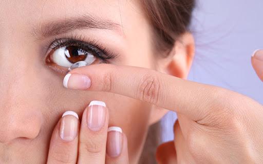 มือใหม่หัดใส่คอนแทคเลนส์ต้องอ่าน! สอนหาค่าสายตาคอนแทคเลนส์อย่างละเอียด แบบเข้าใจง่าย ไม่ต้องจำเยอะ