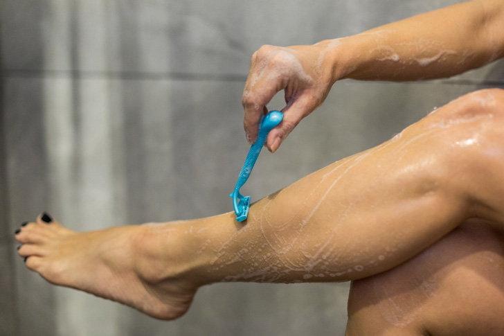 ไขข้อสงสัย!!ขนขาเยอะเกิดจากอะไร?? พร้อมเเนะนำ #5 วิธีกำจัดขนขา ที่ทำได้เอง ง่ายๆที่บ้าน!!