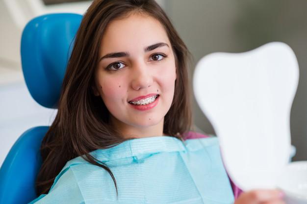 แนะนำ #5 คลินิคจัดฟันในยโสธรที่คนพูดถึงกันมากที่สุด โดยทันตแพทย์ที่มีความชำนาญด้านจัดฟันโดยตรง