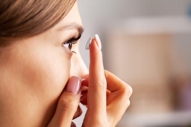 ไขข้อสงสัย คอนแทคเลนส์สำหรับตาบอดสีใช้แล้วช่วยได้จริงไหม แล้วซื้อจากที่ไหน