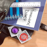 มีเพศสัมพันธ์ในวันแดงเดือดใครว่าไม่ต้องป้องกัน!! ไม่ได้เสี่ยงแค่ท้องแต่เสี่ยงโรคด้วย!! ขอแนะนำ#3 ถุงยางไซส์ 53 ที่หลายคนถามหา!
