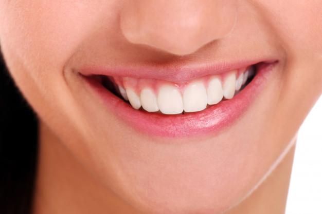 จัด ฟัน ตอน แก่ ฟัน ล้ม