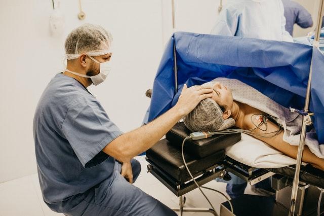 เข้าใจไปพร้อมกัน กับ ศัลยกรรม ศัลยกรรมพลาสติก คือ ??