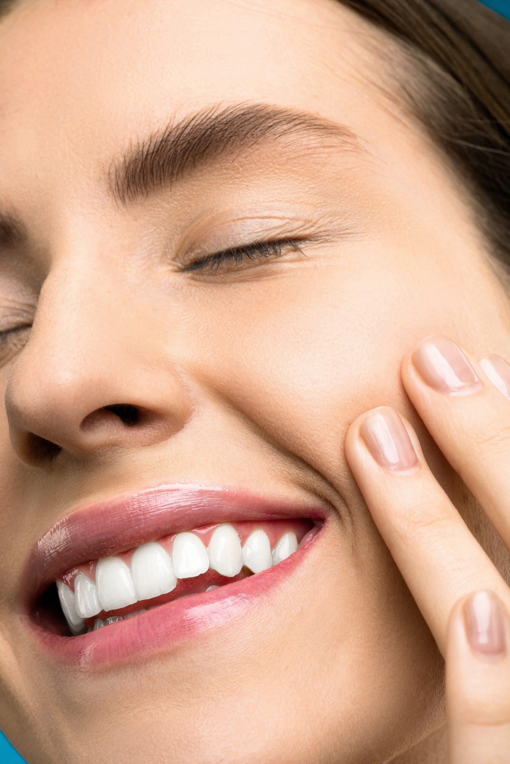 มาไขข้อข้องใจกัน!! ว่าจัดฟันเสร็จแล้วแถมหน้าเรียวจริงหรือออ? เรามาหาคำตอบกัน พร้อมแนะนำ #5 คลินิกจัดฟันมาแรงในประเทศไทย!!