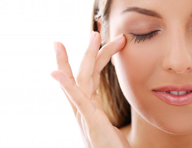 #6 มาสคาร่าช่วยบำรุงขนตา เพิ่มความยาวเเละช่วยให้ขนตาสุขภาพดีไม่หลุดร่วง
